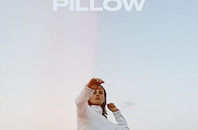 "RUUTH - ""Pillow"" Out now!!"